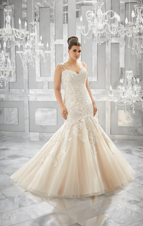 3221 Wedding                                          dress by Mori Lee: Julietta