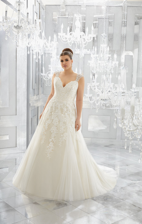 3222 Wedding                                          dress by Mori Lee: Julietta