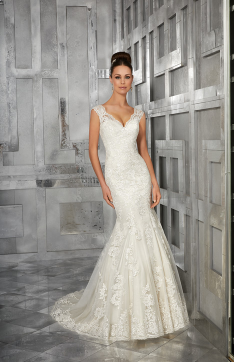 5562 Wedding                                          dress by Mori Lee: Blu