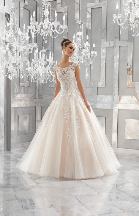 5573 Wedding                                          dress by Mori Lee: Blu
