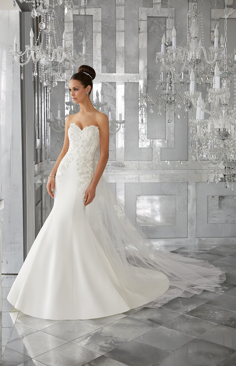5575 (2) Wedding                                          dress by Mori Lee: Blu