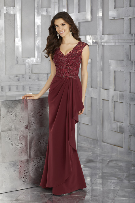 71617 (wine) gown from the 2017 MGNY Madeline Gardner collection, as seen on dressfinder.ca