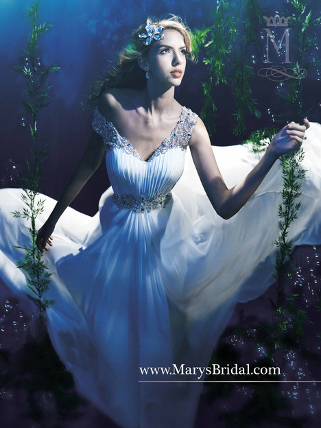 3Y370 Wedding dress by Mary's Bridal