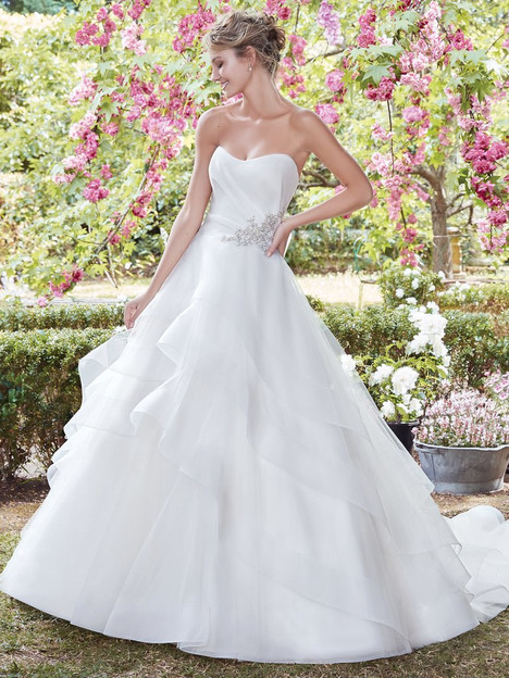 Cynthia (7RW915) Wedding                                          dress by Rebecca Ingram