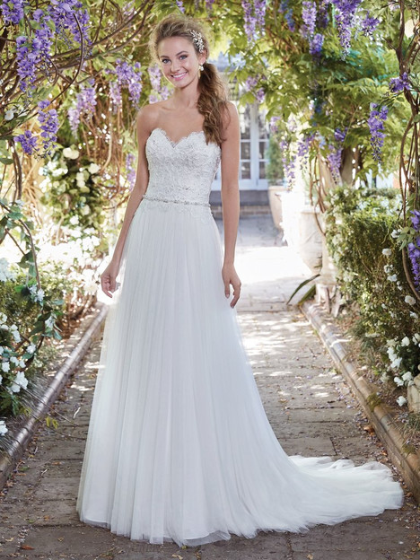 Faye (7RW893) Wedding                                          dress by Rebecca Ingram