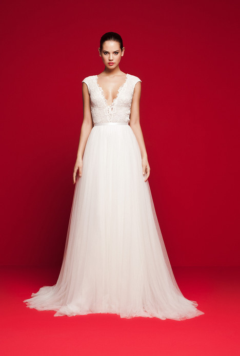 LVS-325 Wedding                                          dress by Daalarna