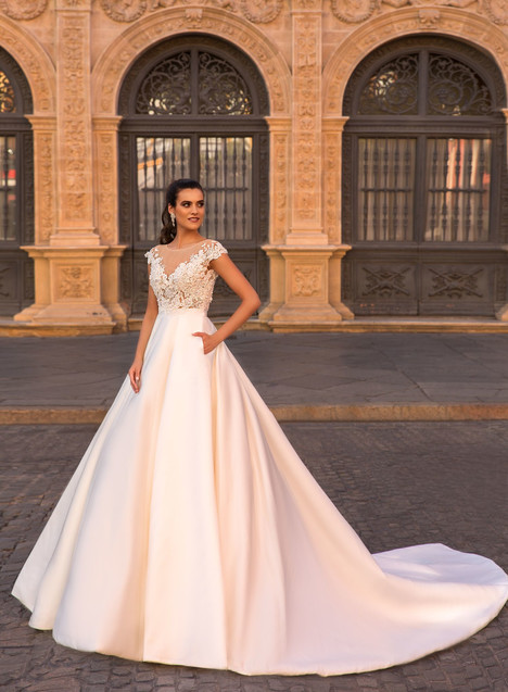 Milora Wedding dress by Crystal Sevilia