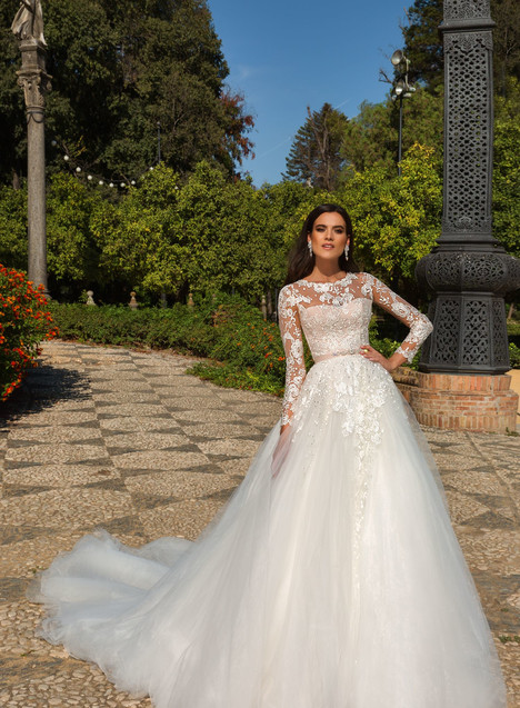 Daniel Wedding                                          dress by Crystal Sevilia