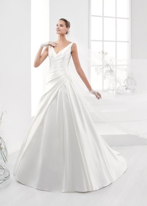AUAB18948 Wedding                                          dress by Aurora