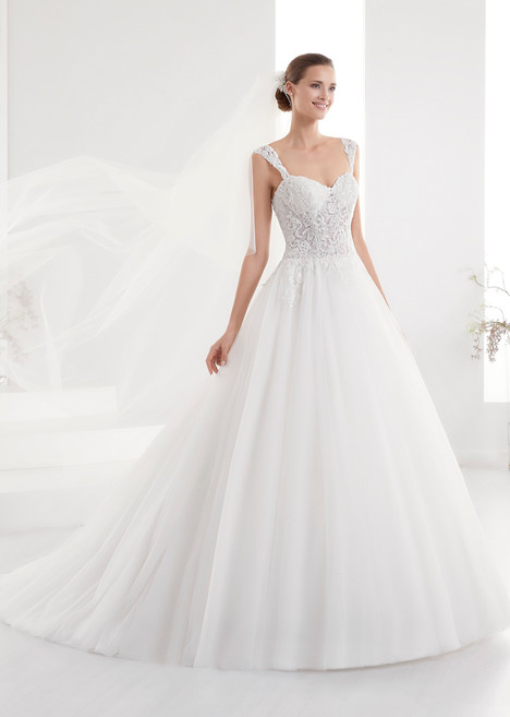 AUAB18965 gown from the 2018 Aurora collection, as seen on dressfinder.ca