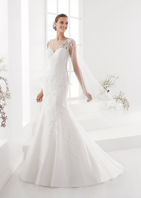 AUAB18968 gown from the 2018 Aurora collection, as seen on dressfinder.ca