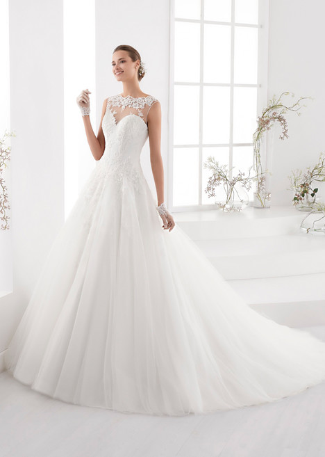 AUAB18973 gown from the 2018 Aurora collection, as seen on dressfinder.ca