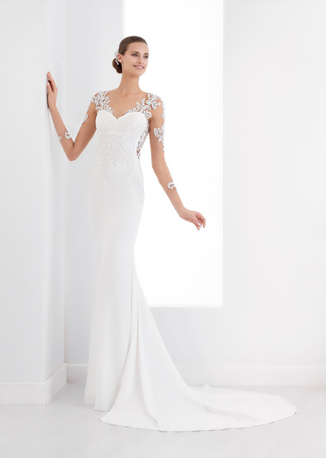 AUAB18998 gown from the 2018 Aurora collection, as seen on dressfinder.ca