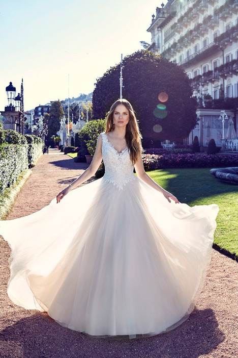 EK1124 Wedding                                          dress by Eddy K