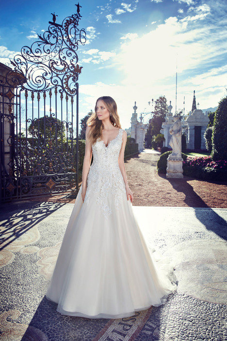 EK1145 Wedding                                          dress by Eddy K