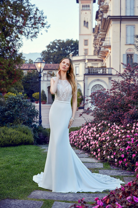EK1162 gown from the 2018 Eddy K collection, as seen on dressfinder.ca