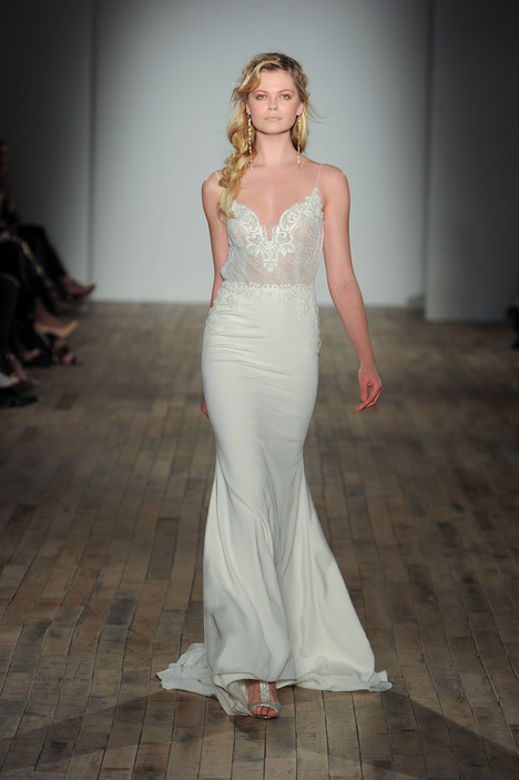 8753 Wedding                                          dress by Jim Hjelm