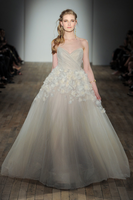 8761 Wedding                                          dress by Jim Hjelm