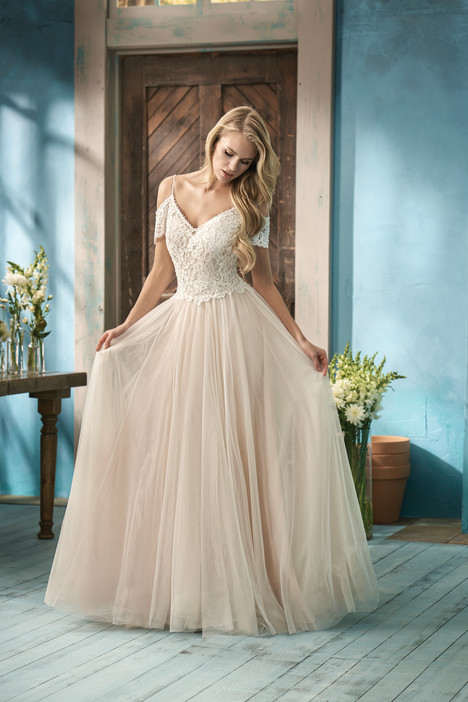F191053 Wedding                                          dress by Jasmine Collection