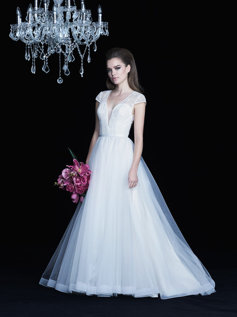 4762 Wedding                                          dress by Paloma Blanca