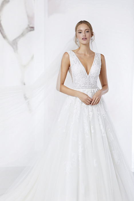 JOAB18401 Wedding dress by Jolies