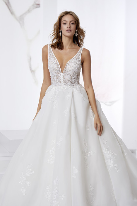 JOAB18415 Wedding                                          dress by Jolies