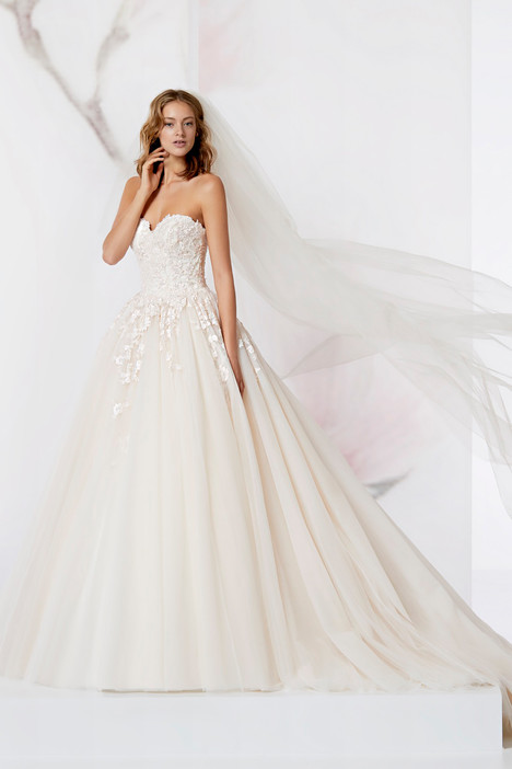 JOAB18432 Wedding                                          dress by Jolies