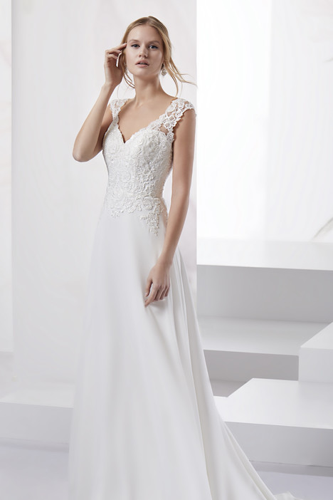JOAB18434 Wedding                                          dress by Jolies