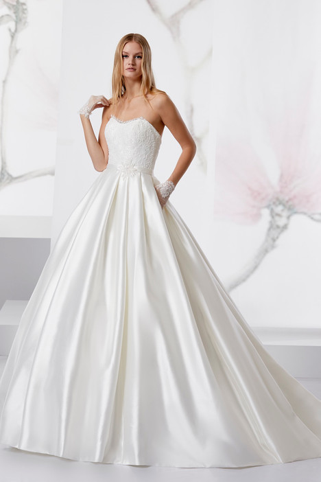 JOAB18448 Wedding                                          dress by Jolies