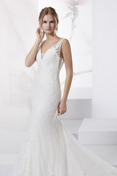 JOAB18468 gown from the 2018 Jolies collection, as seen on dressfinder.ca