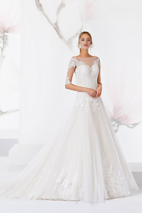 JOAB18472 gown from the 2018 Jolies collection, as seen on dressfinder.ca
