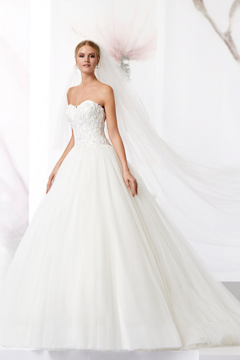 JOAB18479 gown from the 2018 Jolies collection, as seen on dressfinder.ca