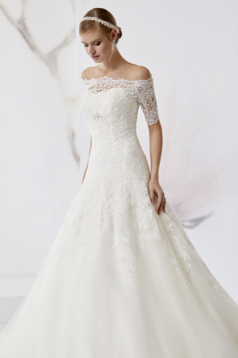 JOAB18519 Wedding                                          dress by Jolies