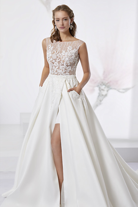 JOAB18520 gown from the 2018 Jolies collection, as seen on dressfinder.ca