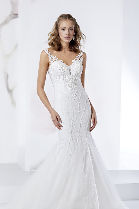 JOAB18523 gown from the 2018 Jolies collection, as seen on dressfinder.ca