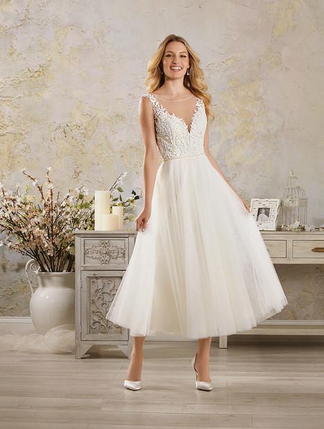 5007 Wedding                                          dress by Alfred Angelo : Modern Vintage Bridal