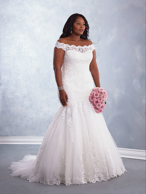 3002W Wedding                                          dress by Alfred Angelo