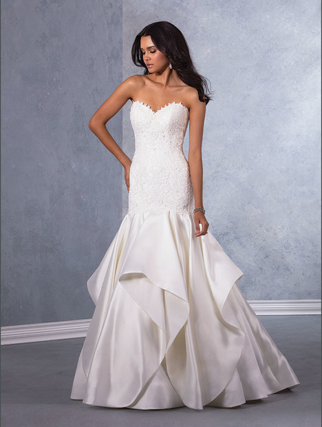 3007 Wedding                                          dress by Alfred Angelo