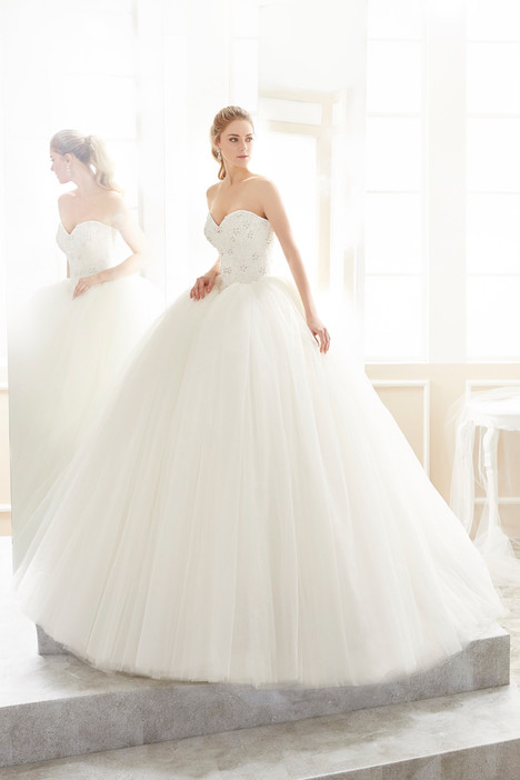 ROAB18827 Wedding                                          dress by Romance