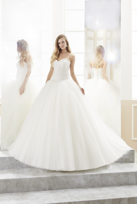 ROAB18829 Wedding                                          dress by Romance