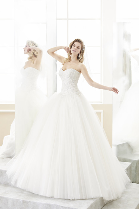 ROAB18842 Wedding dress by Romance