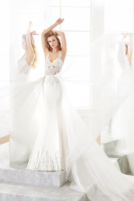 ROAB18868 gown from the 2018 Romance collection, as seen on dressfinder.ca