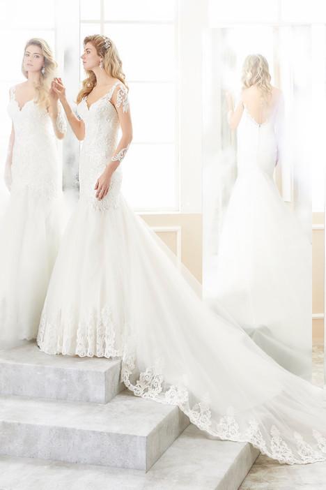 ROAB18877 Wedding                                          dress by Romance