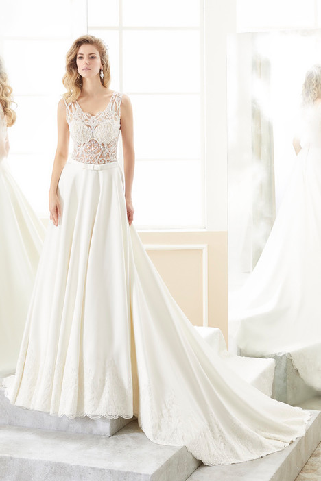 ROAB18886 gown from the 2018 Romance collection, as seen on dressfinder.ca