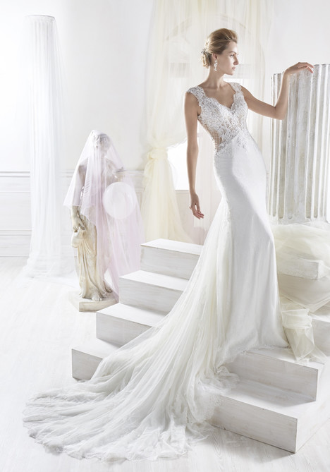 NIAB18006 Wedding                                          dress by Nicole Spose