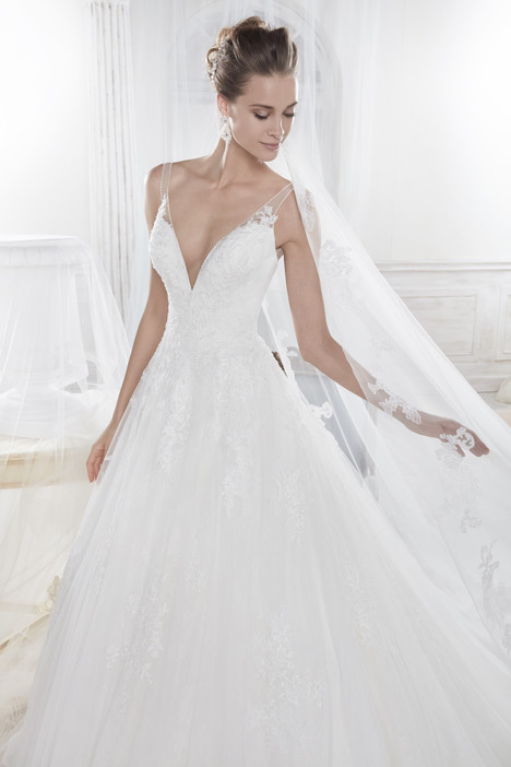 NIAB18039 Wedding                                          dress by Nicole Spose