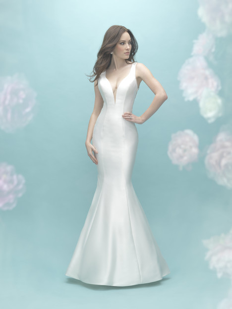 9451 gown from the 2017 Allure Bridals collection, as seen on dressfinder.ca