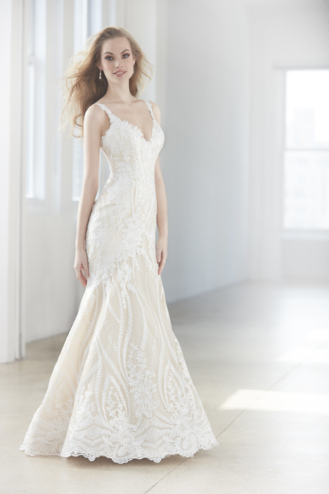 MJ353 Wedding                                          dress by Madison James