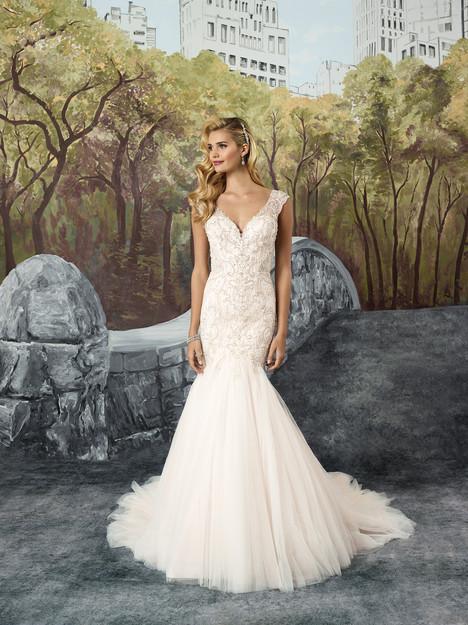8914 Wedding                                          dress by Justin Alexander