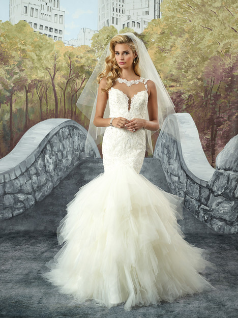 8930 gown from the 2017 Justin Alexander collection, as seen on dressfinder.ca